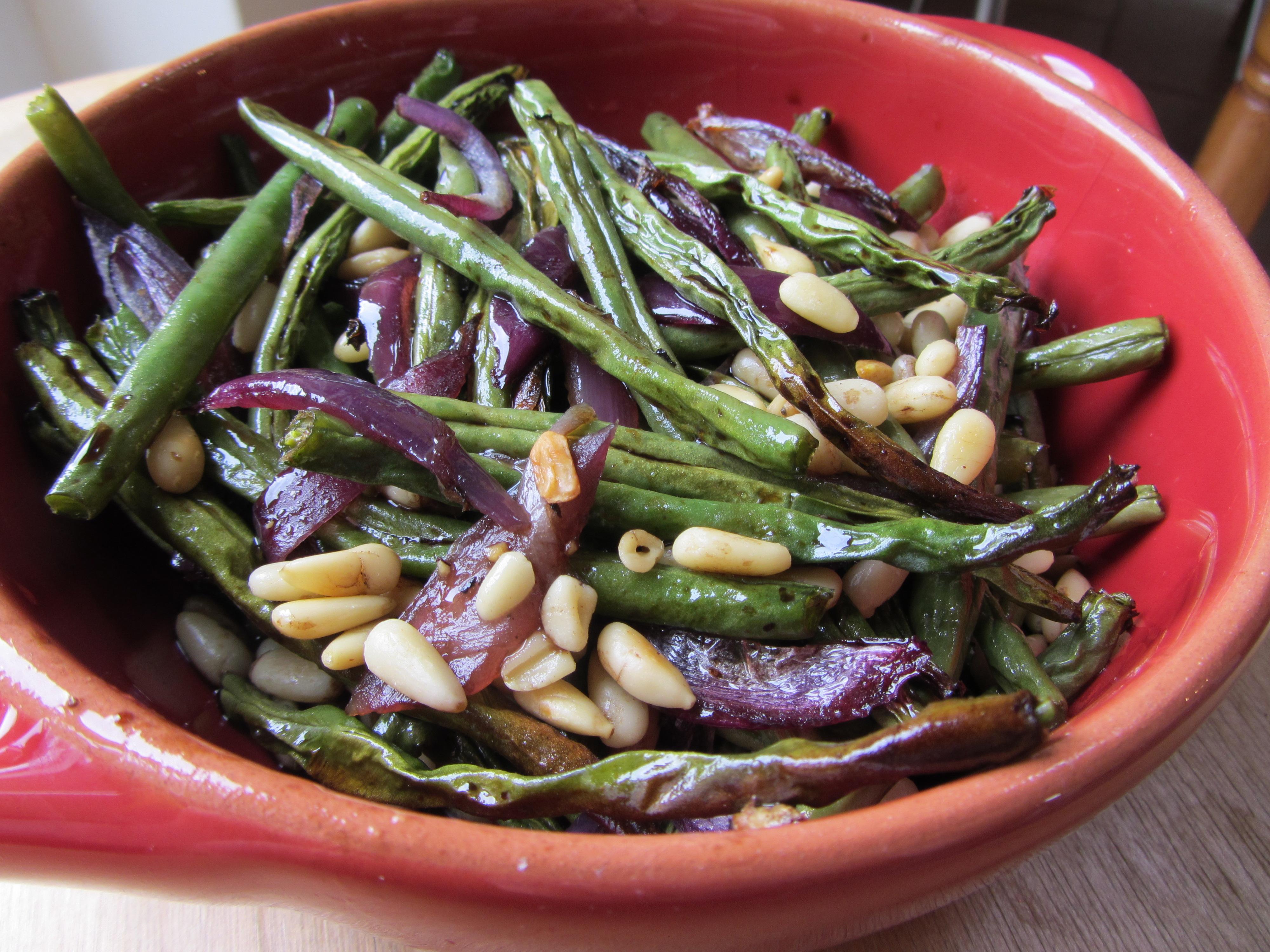 Салат из фасоли стручковой фото