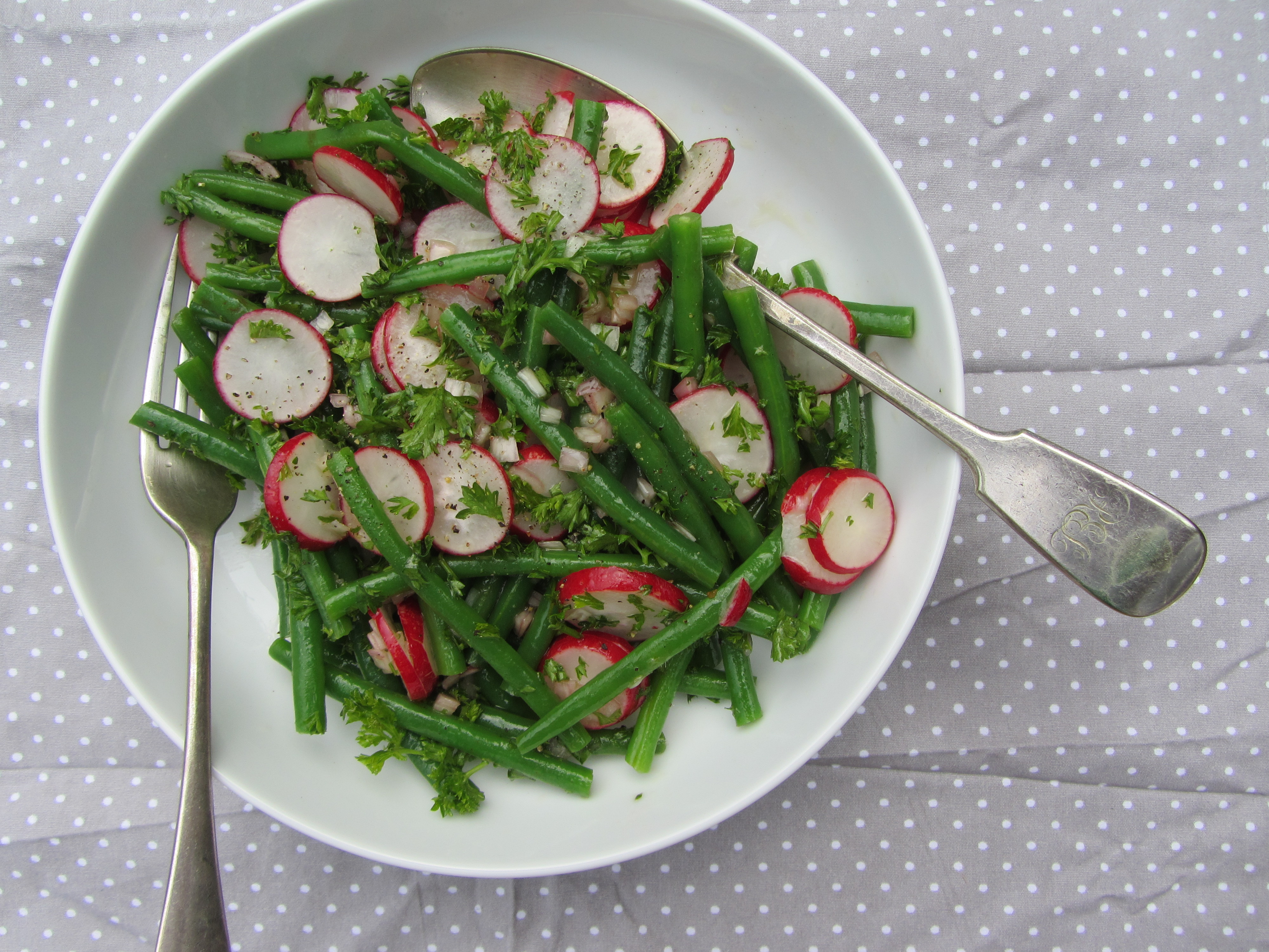 Green Beans Radish Salad Recipe