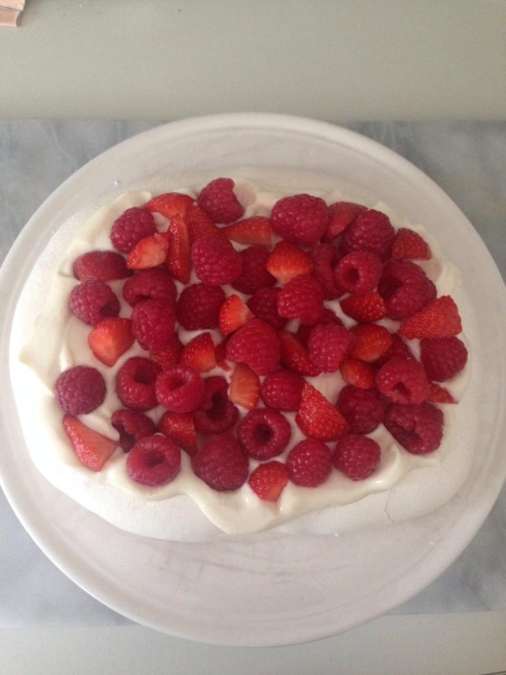 vegan berry pavlova
