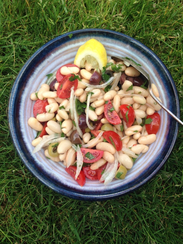 white bean and olive salad, vegan
