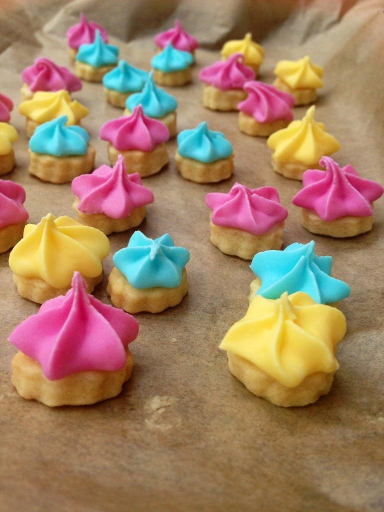 vegan iced gem cookies