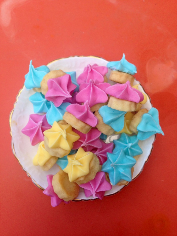 egg-free iced gem biscuits