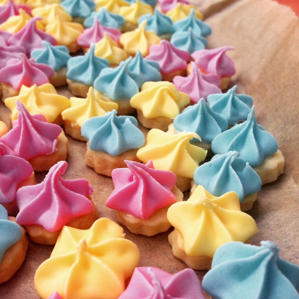 dairy-free iced gem biscuits