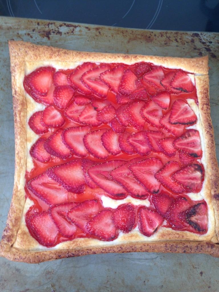 pretty rose tart, freefrom
