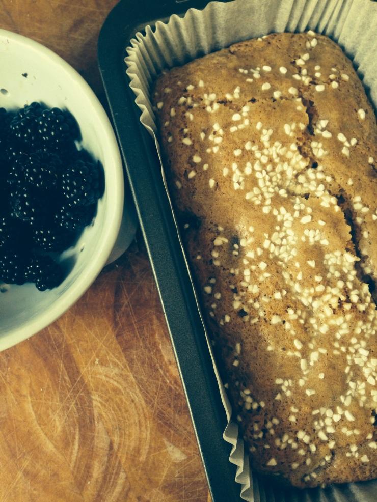 vegan blackberry and banana cake