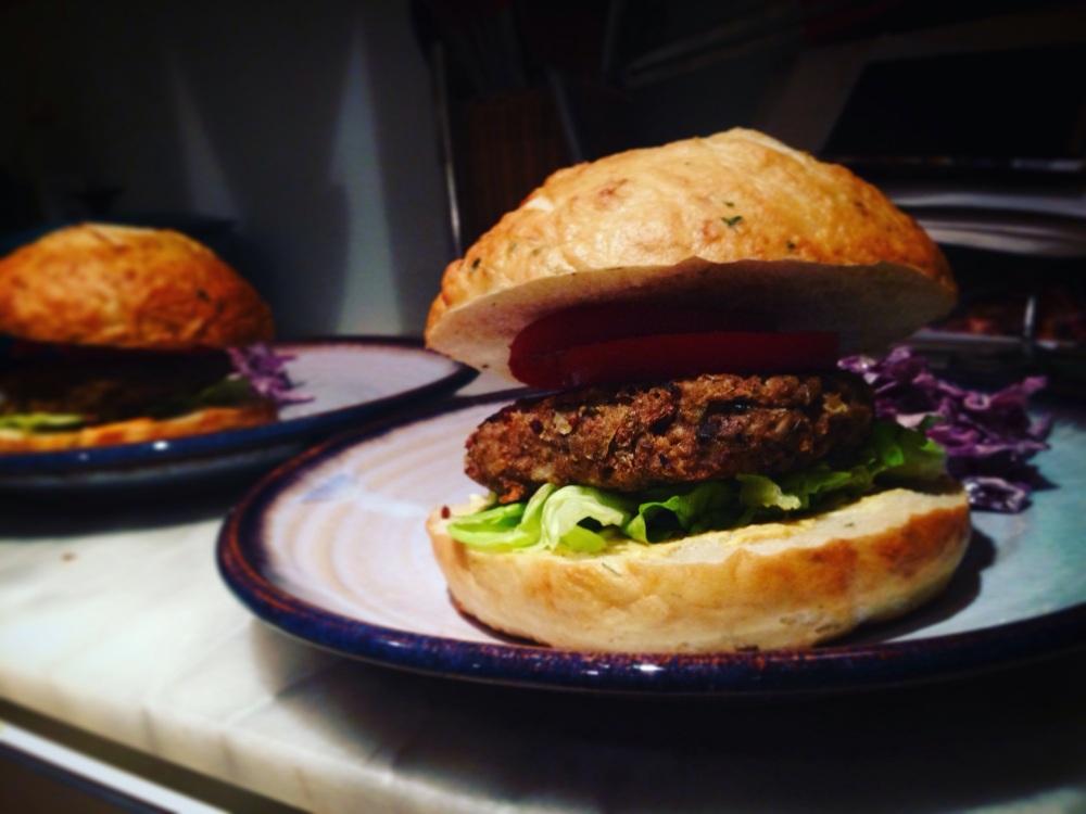 mustardy lentil veggie burgers, dairy-free, egg-free