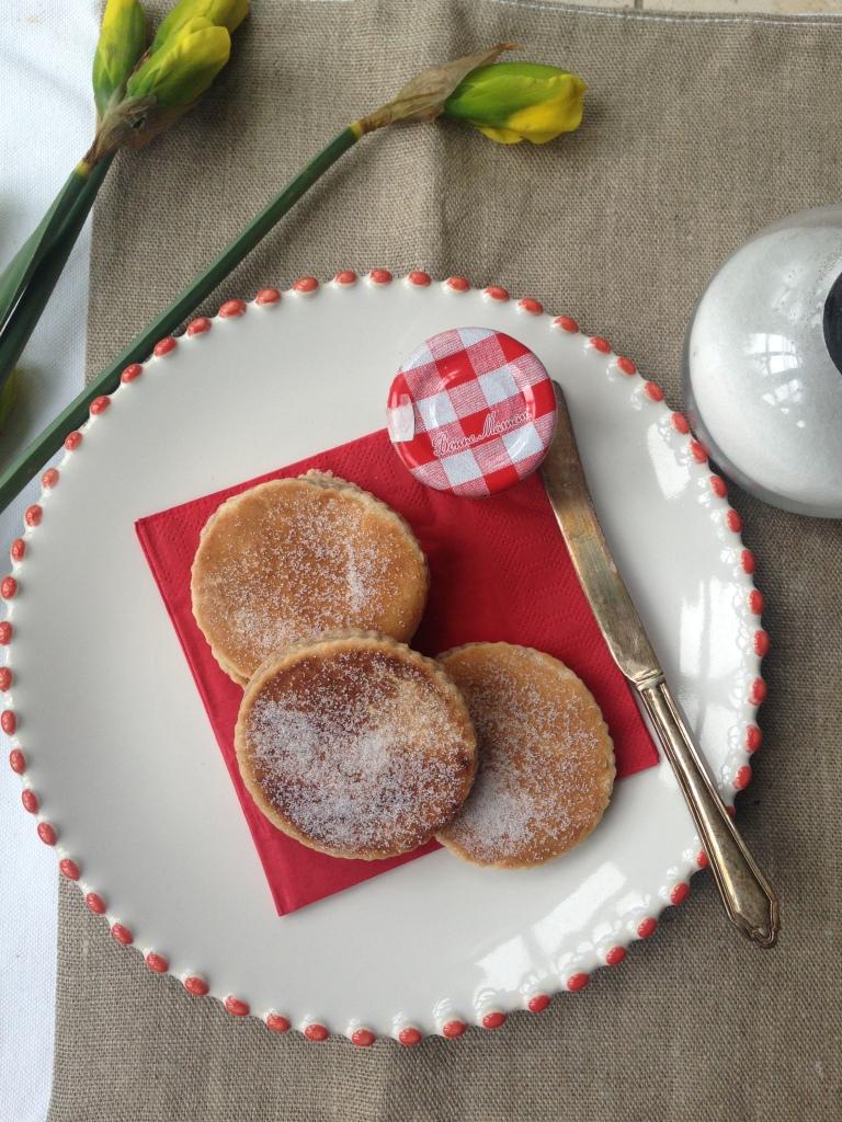 dairy-free welsh cakes, cinnamon