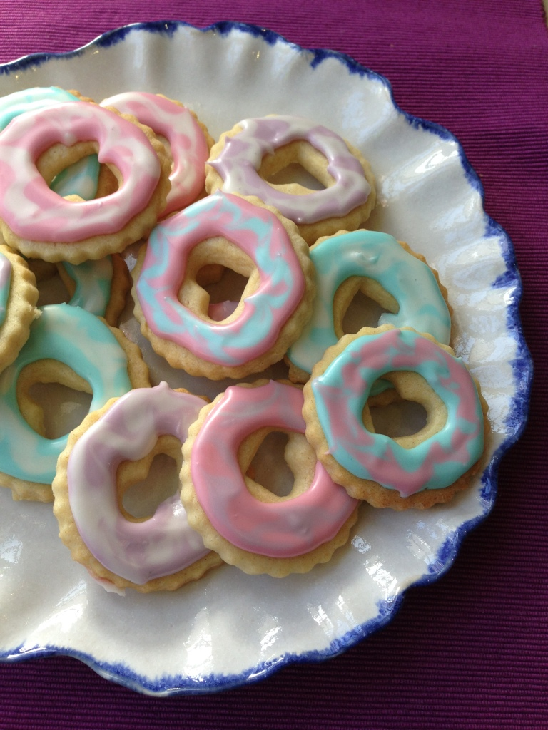 egg-free iced biscuits