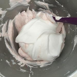 folding meringue into a souffle