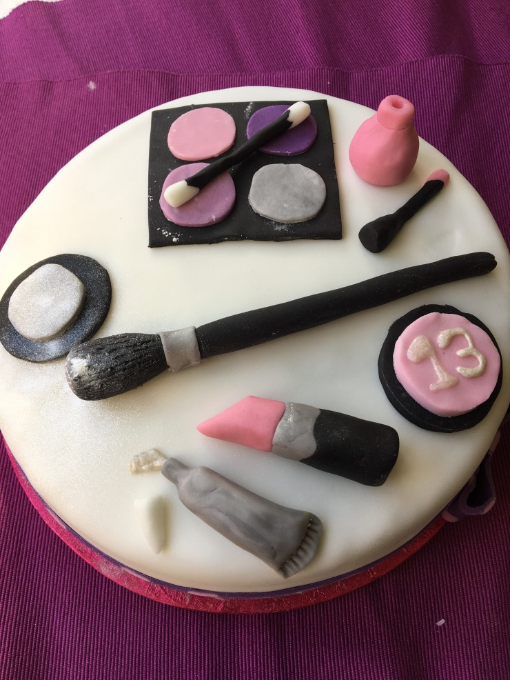 make up cake, vegan