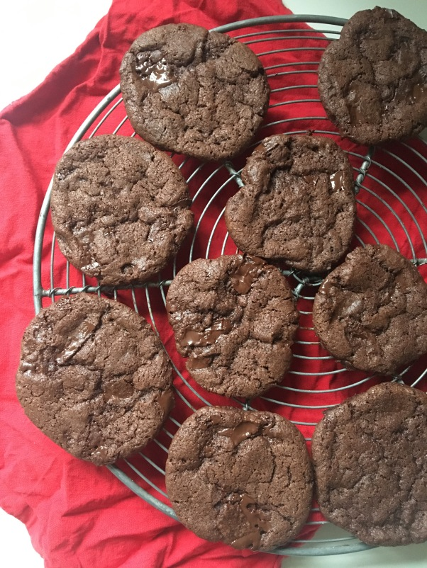 nut-free chocolate sable cookies