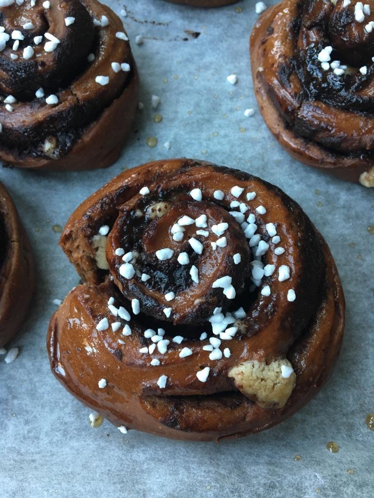 vegan nut-free chocolate buns