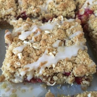 Lemon and Raspberry Crumble Bars